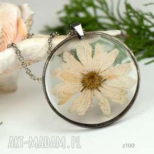 naszyjnik z suszonymi kwiatami, herbarium jewelry, kwiaty w żywicy z100