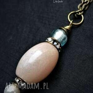 chalcedon w uroczym wisiorku vintage dla kochajacej biżuterię dobrym starym
