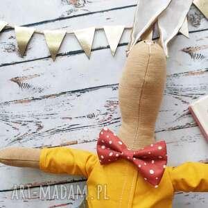 Pan królik z wyszytym imieniem maskotki peppofactory prezent