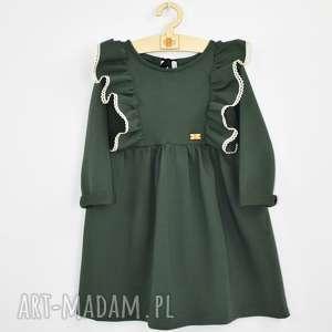 Sukienka z falbankami i koronka noeli aksamitka, koronki