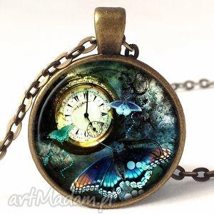 steampunk - medalion z łańcuszkiem - steampunk, collage, motyl, kolaż