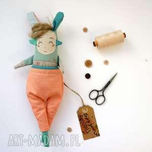 Lalka handmade z tkaniny - Jojo Monsterówna, lalka-artystyczna, lalka-kolekcjonerska
