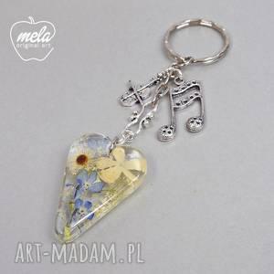 handmade breloki 0569 mela - brelok do kluczy, torebki serce kwiaty