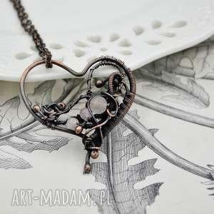 ręcznie wykonane naszyjniki rose heart - naszyjnik romantyczny z sercem