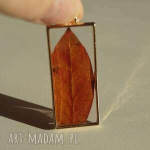 jesienny listek - zawieszka z liścia i żywicy - żywica epoksydowa