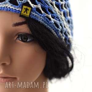 Prezent czapeczka ażurowa niebiesko-biała, czapka, czapeczka, ażurowa, letnia