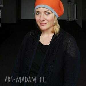 czapka pomarańczowa damska charakter sportowy handmade-box e1-czapka