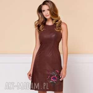 Sukienka Cynthia Suede z haftem, zamszowa-sukienka, sukienka-do-pracy