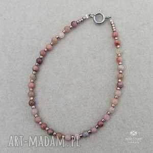 bransoletka z rodonitami, stal, rodonit, minerał, kamień, kuleczka, szkło biżuteria