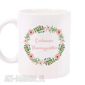 kubek cudowna nauczycielka, kubek, ceramika, porcelana, z nadrukiem, dla niej