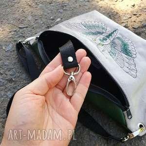 handmade akcesoria usługa wszycia karabinka na klucze