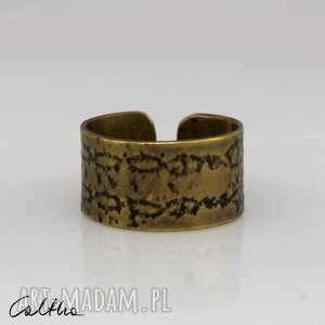 wzór - mosiężna obrączka 140123-02, pierścień, pierścionek, obrączka, szeroki