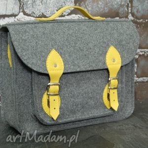 Filcowa torba na laptopa 17cali z przegrodą i skórzanymi elementami, praca, urlop