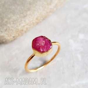 925 srebny pierścionek platerowany z rubinem pozłacany 18k złotem - rubin
