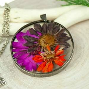 naszyjnik z kwiatów w cynowej ramce z433, biżuteria naturalna, boho