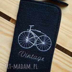 hand-made etui filcowe na telefon - vintage bike