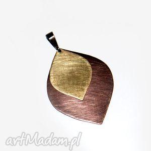 ręcznie zrobione wisiorki golden tears ii wisiorek c305