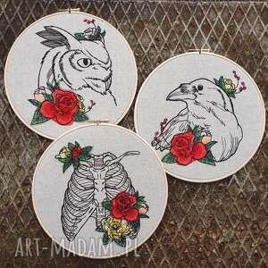 obrazek haftowany kruk - vintage, kwiaty