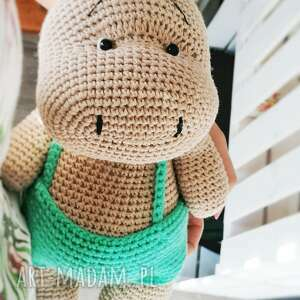 Duży hipopotam w zielonych spodenkach maskotki d art duża