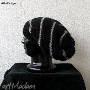 ręcznie wykonane czapki oversize czarna