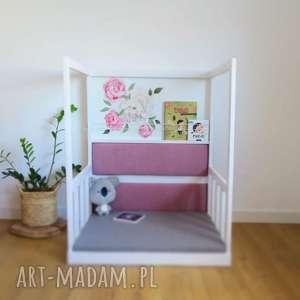 ręcznie zrobione pokoik dziecka kącik czytelniczy z półką