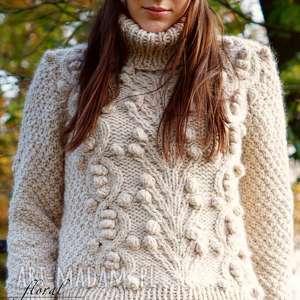 swetry beżowy golf, sweter, wełniany, dziergany, supełki
