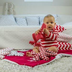 Poszewka na poduszkę s - truskawkowe zygzaki pokoik dziecka