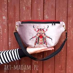 pod choinkę prezent, nerka xxl chrząszcz, nerka, haft, torebka