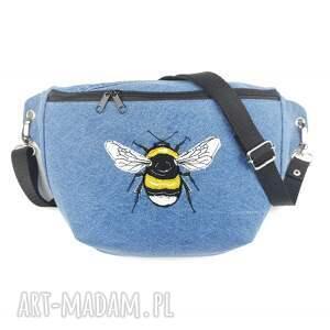 nerka xxl upcykling jeans pszczoła - ,nerka,haft,nerkazhaftem,pszczoła,torebka,