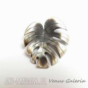 ręczne wykonanie wisiorki filodendron - zawieszka srebrna