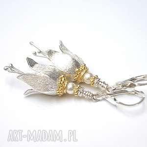 Leśne dzwonki perłowe - kolczyki , srebro, pozłacane, perły, swarovski,