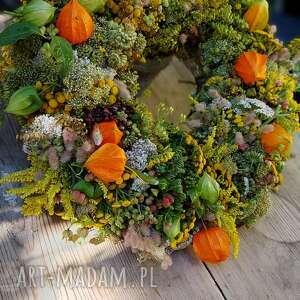 dekoracje letni wianek na drzwi lub stół, kwiaty polne, wrotycz, miechuka