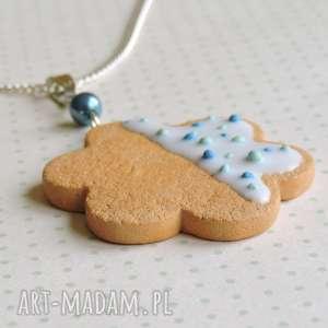 ciastko z lukrem i niebieskĄ posypkĄ - słodycze, ciastko, lukier