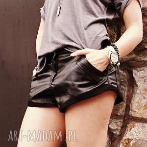 spodnie spodenki rocked black, casual, oversize, ekoskóra, zamsz, szorty