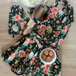 handmade elegancki fartuch kuchenny z rękawicą i opaską wzór róże