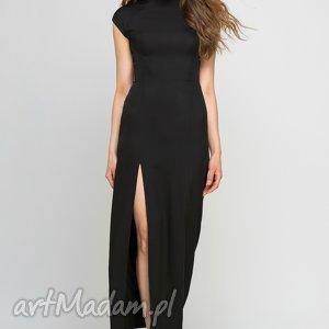 sukienka, suk140 czarny, maxi, czarna, wieczorowa, elegancka, stójka, rozcięcie