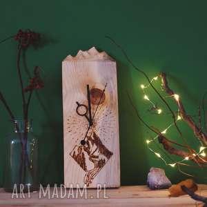 Prezent Drewniany zegar ścienny [góry i pirografia], drewno, góry, geometryczny