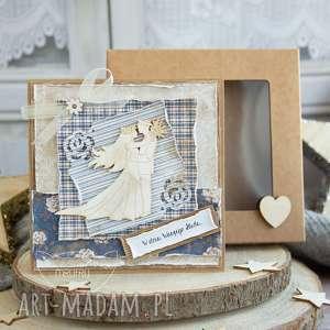 piękna rustykalna kartka ślubna w pudełeczku niezwykła pamiątka z okazji ślubu