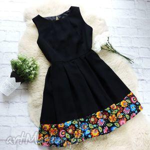 czarna folkowa sukienka z kontafałdami wzór łowicki, sukienka, folk, łowicz, łowicka