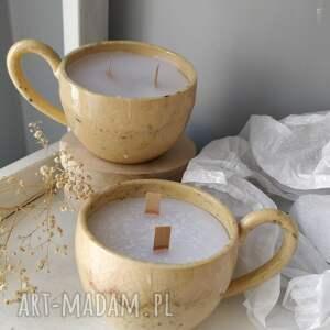 ceramika zestaw dwóch świec o delikatnym zapachu, świece, świeczki, prezent