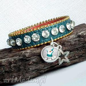 ręcznie zrobione upominek na święta bransoletka z mikołajem - z zawiszką i kryształkami glamour style