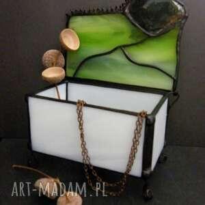 witrażowa szkatułka zielona, pudełko szklane na biżuterię, ozdobna
