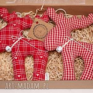 hand made świąteczny prezent renifer łoś z materiału dzwoneczkiem w pudełku komplet