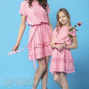 komplet sukienek z ozdobną falbanką, model 30, różowy, komplet, sukienek