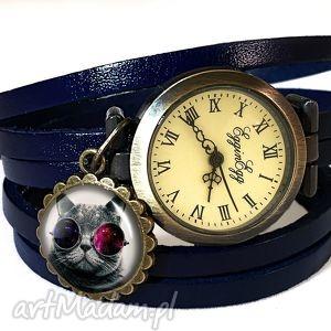 kosmiczny kot - zegarek bransoletka na skórzanym pasku, prezent nebula