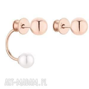 asymetryczne kolczyki z kulkami z różowego złota i perłami