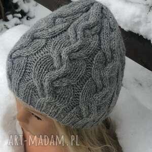 czapka alpine z warkoczami wg projektu irina dmitrieva, na drutach