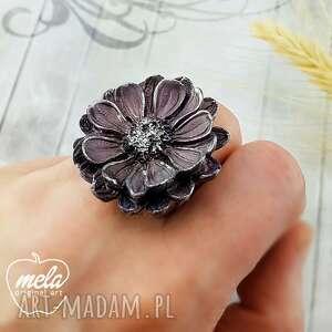 0990/mela pierścionek z żywicy kwiat fiolet/srebro, pierścionek, kwiat, retro