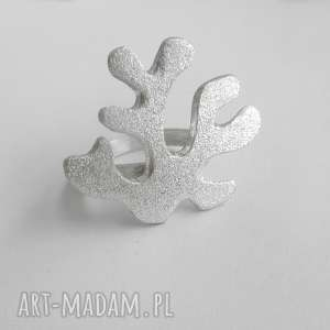 katarzyna kaminska koral pierścionek, srebro, zmatowione, koral