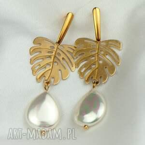 kolczyki perłowe z monsterami c917, perłami, monsterą